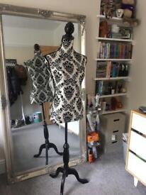 Mannequin stand