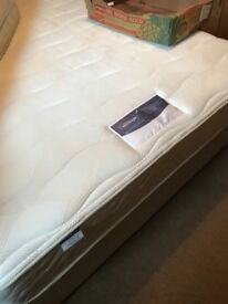 Silent night memory foam mattress king size