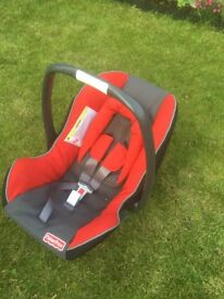 Fisher Price car seat (0-13kg)