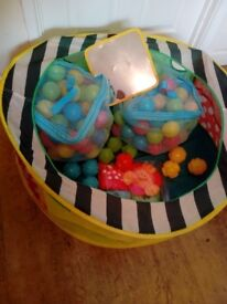 Baby Ball Pit and Balls