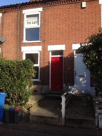 3 bed Victoria house , north city , clean cozy house. 1 months deposit £50 fees after exceptance