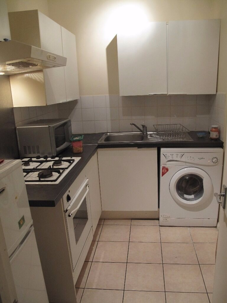 Newly Refurbished 1 Bedroom Ground Floor Flat to Let on Northbrook Road Ilford IG1 3BP