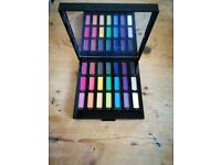URBAN DECAY limited edition Full Spectrum eyeshadow palette BRAND NEW