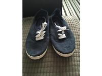 11 pairs size 6 shoes ladies