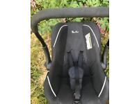 Silver cross unisex car seat great condition bargain