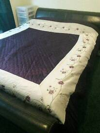King Size Bed with Memory Foam Matress