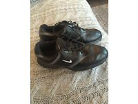 Nearly new nike Golf shoes size 6