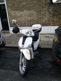 Piaggio Liberty scooter, £1100, comes with box and gloves, MOT until April 2019