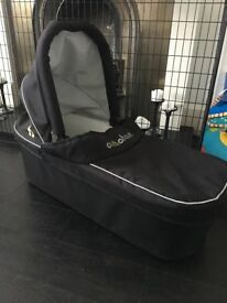 Out n about nipper double carrycot black