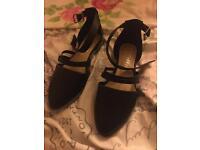 Ladies Black Shoes Size 6