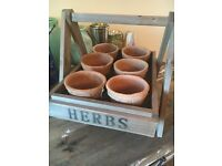 Lovely set of 6 herb/plant pots