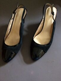 Black sling back size 6 half