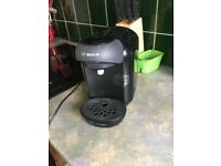 Bosch TAS1402GB Tassimo Vivy 2 Pod Coffee Maker Hot Drinks Machine 0.7 Litre