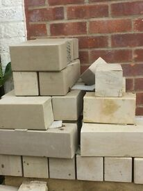 Fairstone Sawn Versuro by Marshalls Walling Blocks