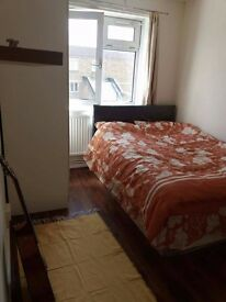 THIS IS IT BIGGEST ROOM IN LONDON, ONLY 180PW, ZONE 1 E1, 10 MIN TO TOWER BRIDGE, CALL NOW MOVE NOW!