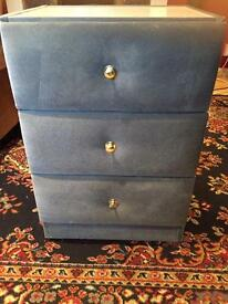 Bedside cabinet/ chest of Drawers