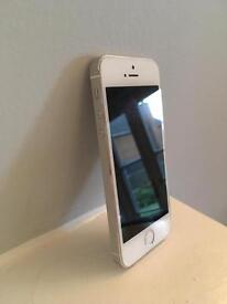White/silver iPhone 5s 32gb