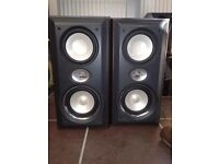 3 sets of speakers for sale £40 ovno