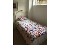 Single bed(converts to double)