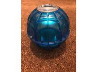 Ice cream maker ball