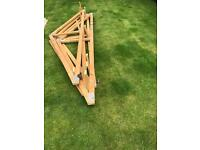 Free !! Quantity of roof trusses and timbers