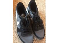 Nike Black and Grey Trainers UK 11 VGC
