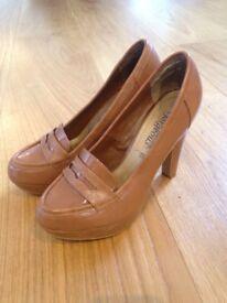 Size 4 Tan Patent NewLook Heels