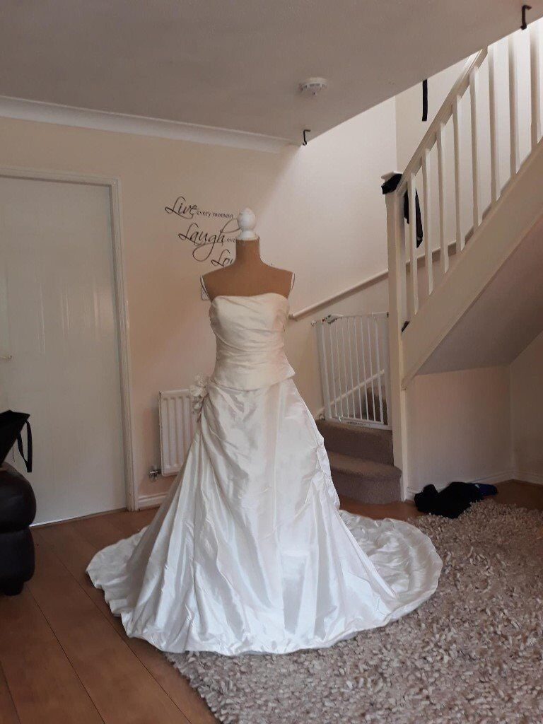 Gorgeous Wedding Dress - Justin Alexander style 8189 | in Strensall ...