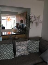 Double room in beautiful seafront cottage!