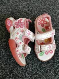 Sandals size 5