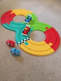ELC Remote control racing track set - Whizz World