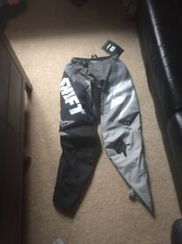Shift motocross trousers small 32inch waist never used still got tags