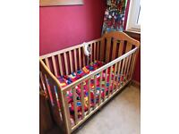 Lucia Mama And Papa Cot Bed