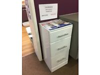 Clearance gloss white 3 drawer unit