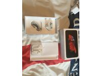 iPhone 6s plus Box only with accessories