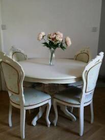Vintage style shabby chic pedestal table and 4 dining chairs