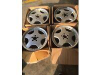 18'' mercedes alloy wheels.
