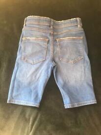 Boys skinny shorts 8/9 years
