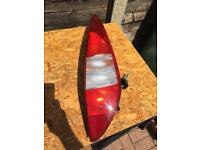 Ford Mondeo Mk3 Estate drivers side rear light