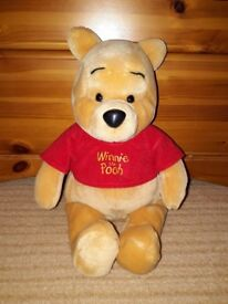 Winnie The Pooh Soft Toy (DEREHAM COLLECTION)