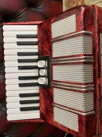 48 bass DELICIA piano accordion