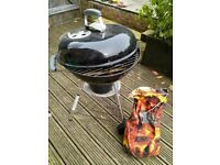 WEBER 47CM COMPACT CHARCOAL KETTLE BARBECUE