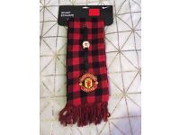 Manchester United scarf and watch
