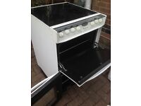 White ceramic electric cooker 60cm. Mint free delivery