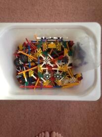 Job lot of K'nex pieces