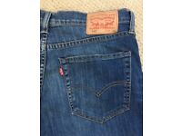 5 Pairs of Mens Jeans inc Levis (as New) - a Bargain at only £92!