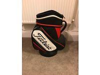 Titleist Den Caddy Golf Bag + Golf Balls + 2000 Branded Tees