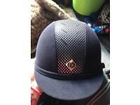 Riding hat size 6 5/8 54cm