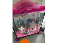 Mermaid fish tank comes with small fish ornaments/food etc