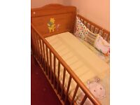 Solid pine disney cotbed bed